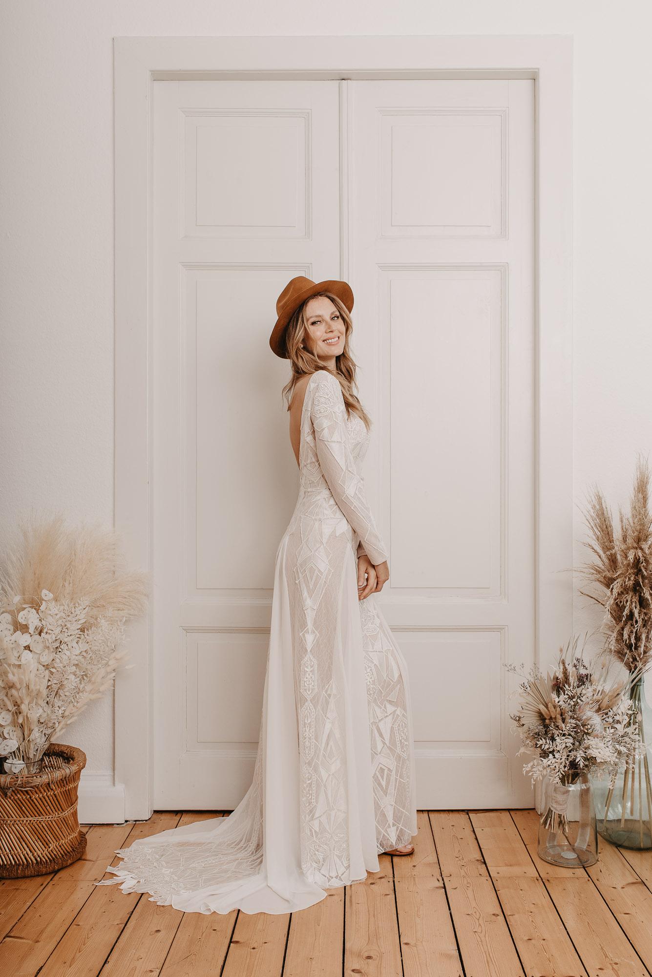 Aloe Brautkleid Seite - Brautmode von Oonce