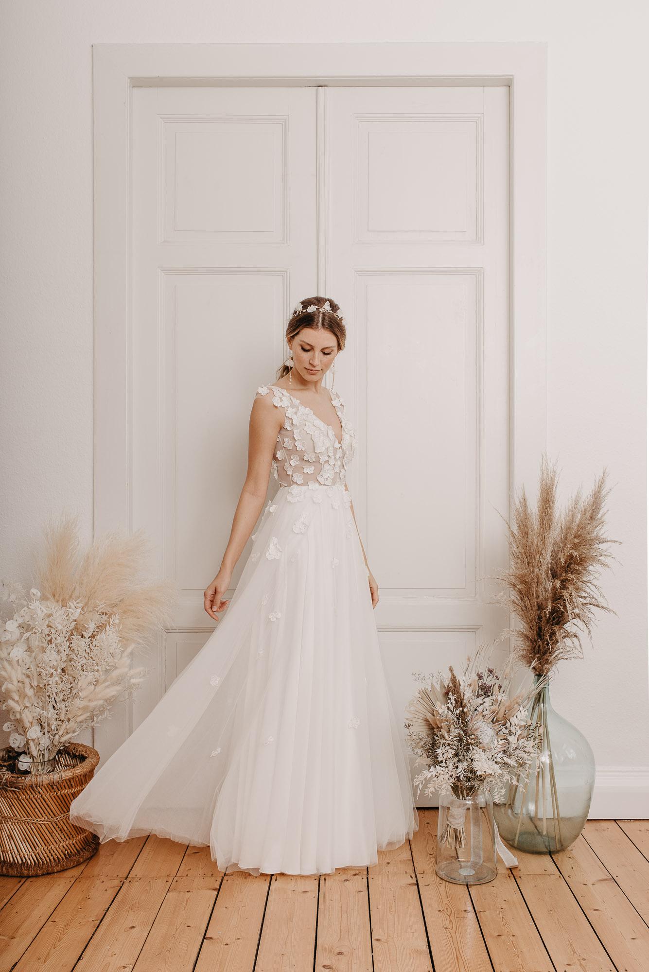 Lovage Brautkleid Seite - Brautmode von Oonce