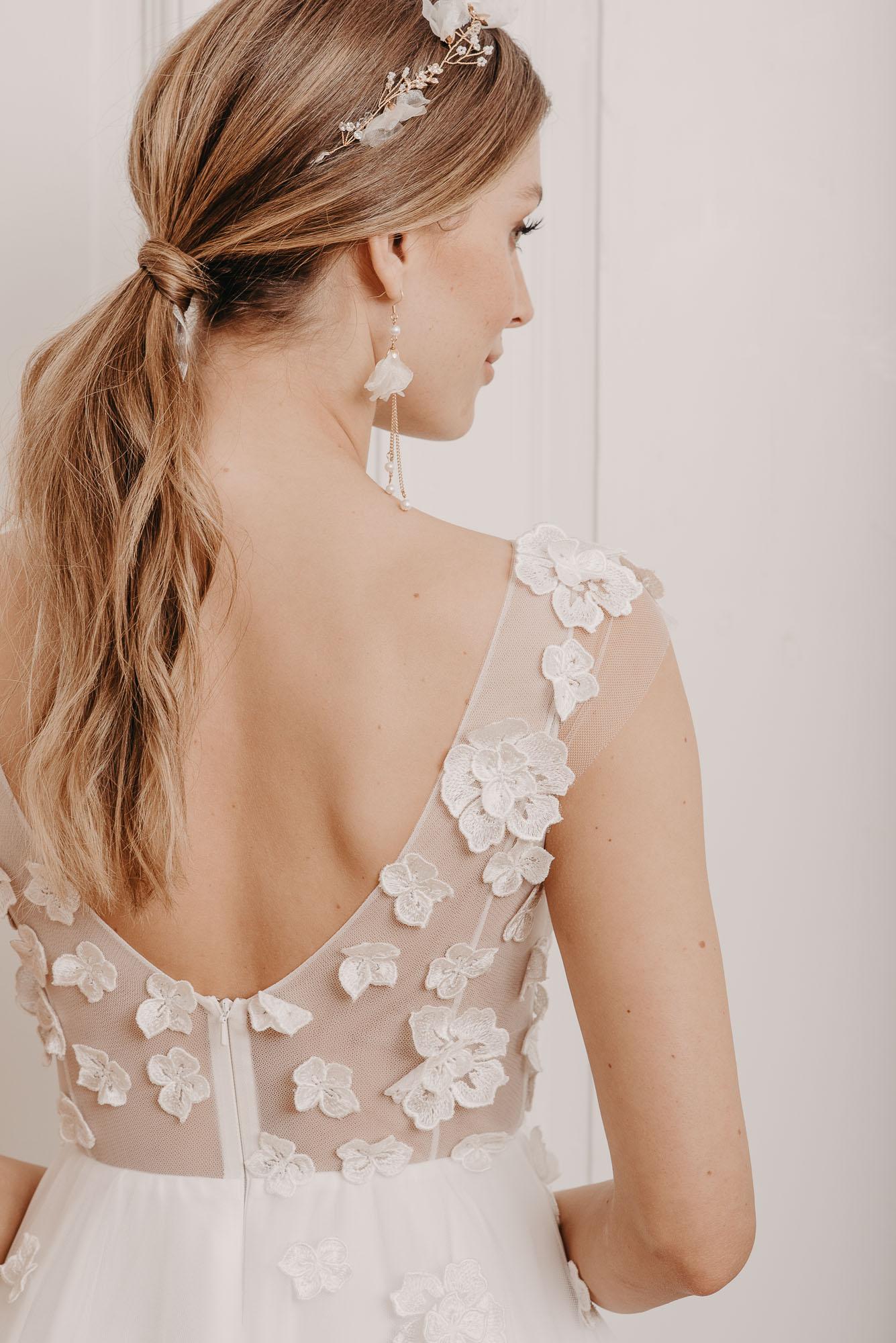 Lovage Brautkleid Rückenausschnitt - Brautmode von Oonce
