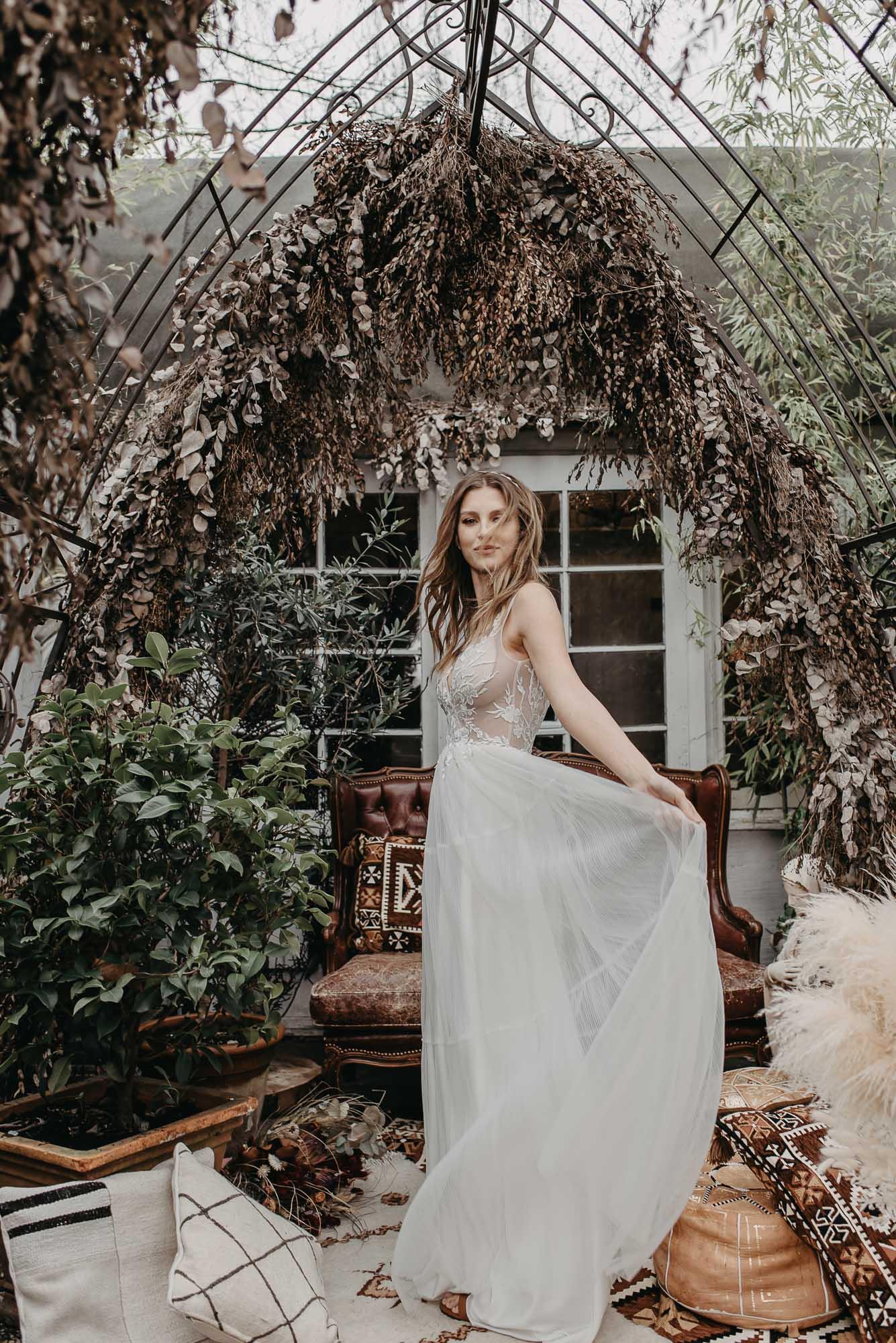 Ginkgo Brautkleid Seite - Brautmode von Oonce