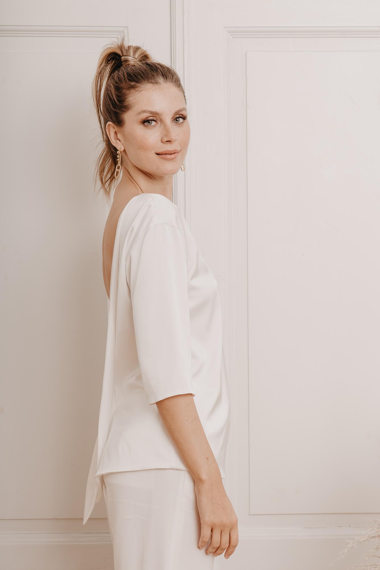 Olive Brautshirt Seite - Mix & Match Brautmode von Oonce