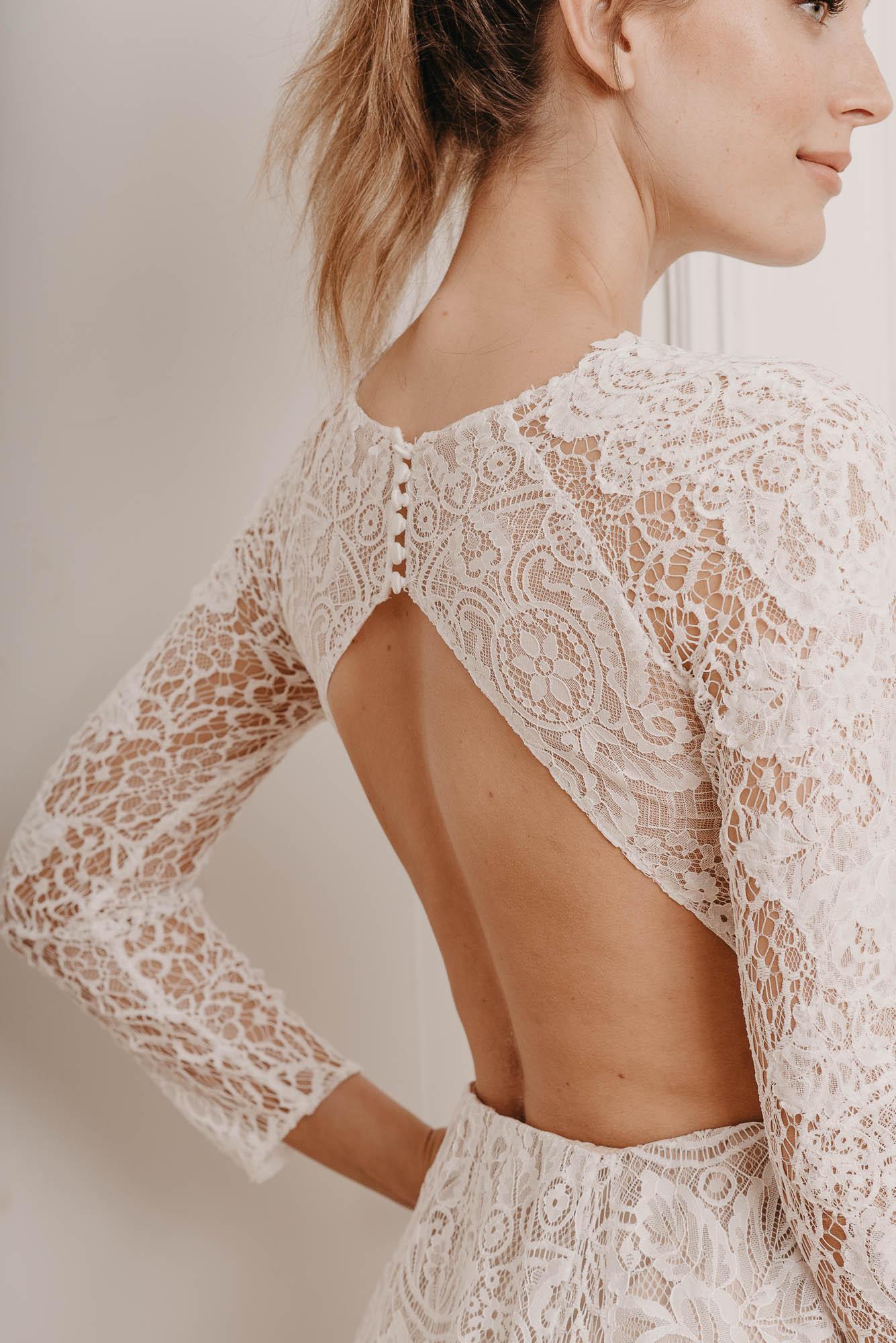 Rose Brautkleid Rückenausschnitt von Oonce